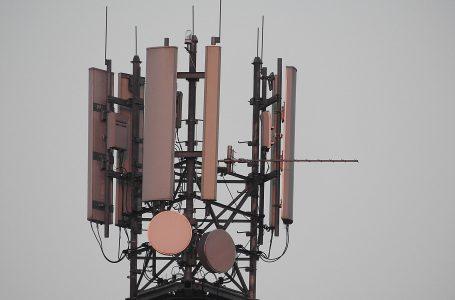 Alla Corte di Giustizia Ue la possibilità di consentire alle singole amministrazioni locali criteri localizzativi degli impianti di telefonia mobile