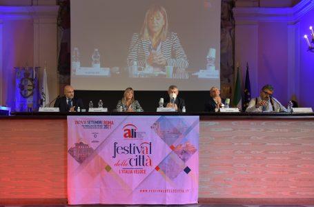 Festival delle Città, Enti locali più forti per un'Italia veloce con Scalfarotto, Prisco, Menesini e Ghio