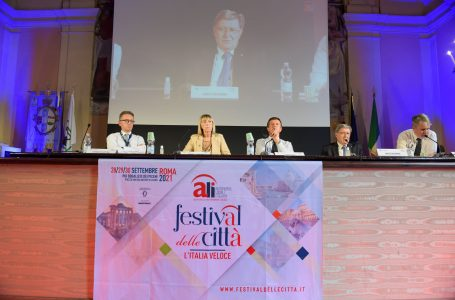 Festival delle Città, Infrastrutture e sostenibilità. Giovannini: per cambiare tutti facciano salto qualità