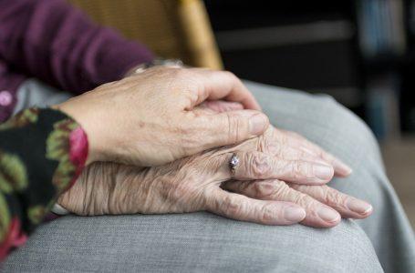 Carta per i Diritti degli Anziani. Presentata la proposta della Commissione al presidente Mario Draghi